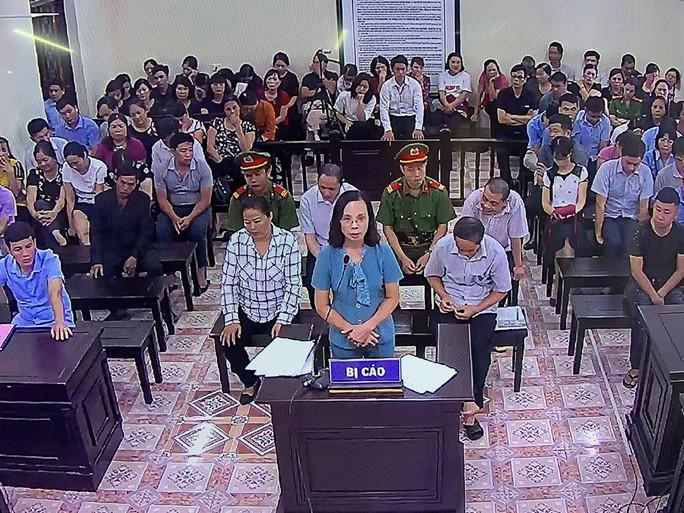 Gian lận điểm thi ở Hà Giang: Con Bí thư Triệu Tài Vinh đấy, bà Chính nói em biết rồi - Ảnh 2.
