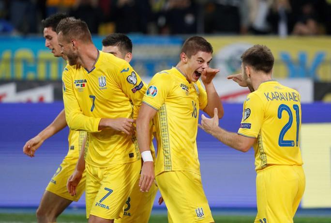 Ronaldo lập kỷ lục, Bồ Đào Nha vẫn trắng tay trước Ukraine - Ảnh 3.