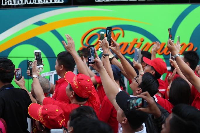 Việt Nam thắng tưng bừng Indonesia 3-1 trên sân khách - Ảnh 5.