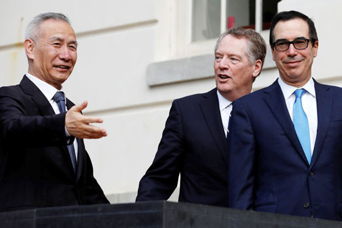 Kinh tế toàn cầu vẫn bấp bênh - Ảnh 1.