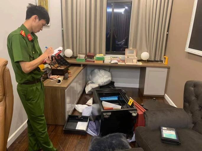 Bắt giữ Sơn xà beng - kẻ đột nhập nhà ca sĩ Nhật Kim Anh trộm tài sản - Ảnh 1.