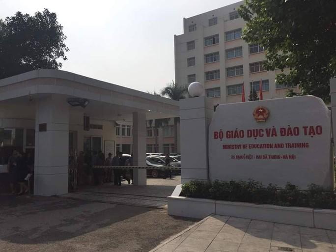Điều tra nguyên nhân tử vong của Thứ trưởng Bộ GD-ĐT Lê Hải An - Ảnh 2.