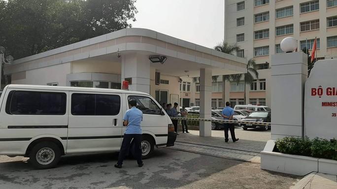 Điều tra nguyên nhân tử vong của Thứ trưởng Bộ GD-ĐT Lê Hải An - Ảnh 1.