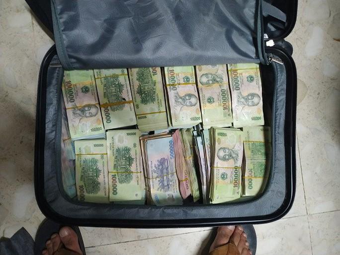 Tài xế đột nhập công ty cũ đục két sắt trộm 3,5 tỉ đồng - Ảnh 2.