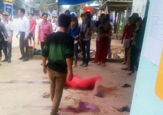 Ghen tuông, chồng chém vợ 54 tuổi rồi cắt cổ tự tử - Ảnh 1.