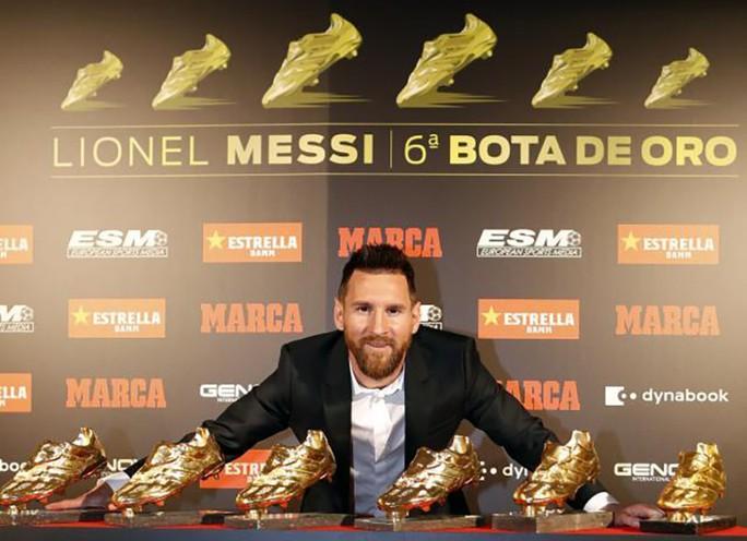 Nhận Chiếc giày vàng thứ 6, Messi tri ân hai nhân vật đặc biệt - Ảnh 8.