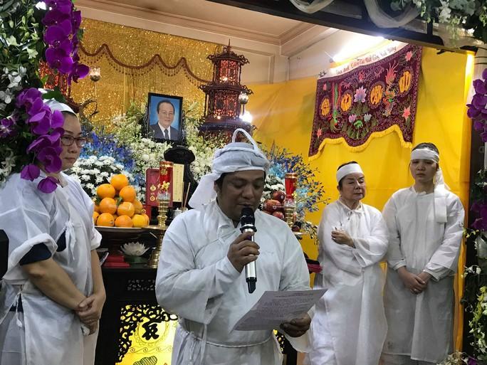 Di quan trong ngày sinh nhật, đồng nghiệp thương tiếc nghệ sĩ Phan Quốc Hùng - Ảnh 3.