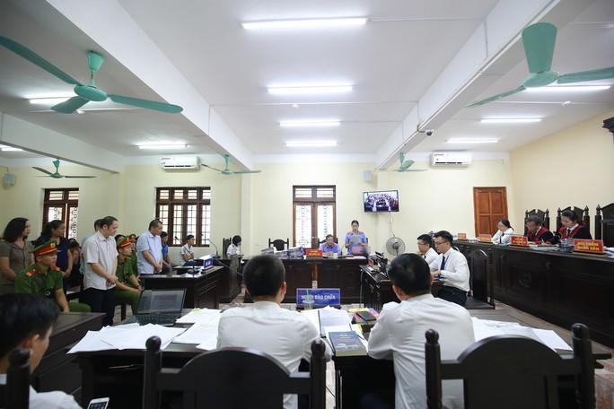 Hà Giang muốn xử lý vi phạm của vợ Chủ tịch tỉnh cùng hàng loạt trường hợp nhờ vả nâng điểm - Ảnh 1.
