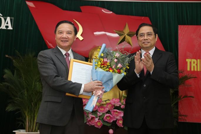 Công bố ông Nguyễn Khắc Định là tân Bí thư Tỉnh ủy Khánh Hòa - Ảnh 1.