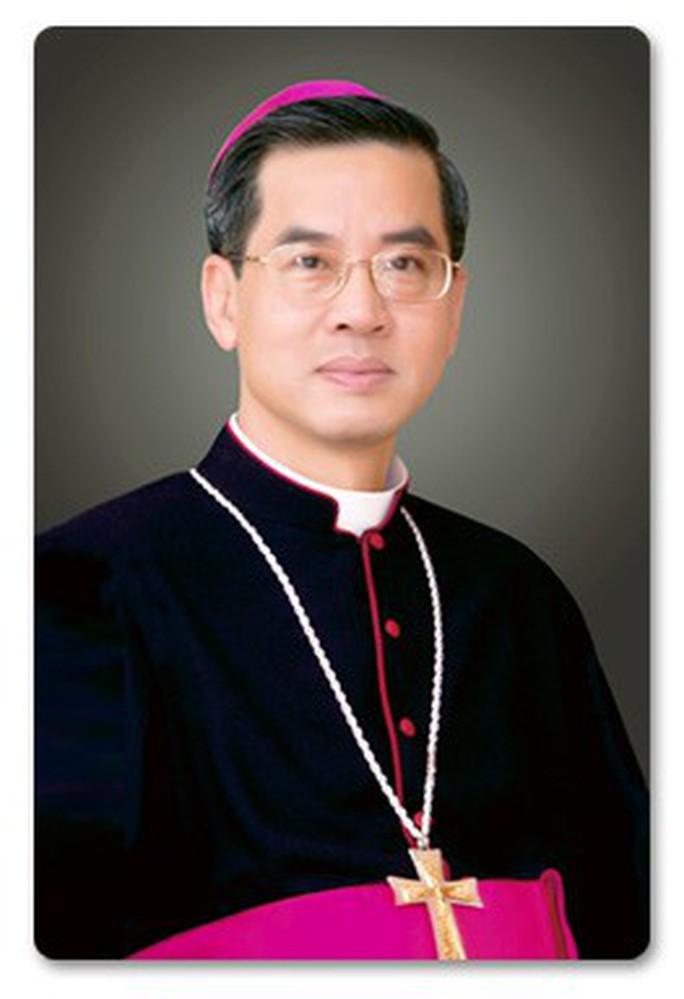 Đức cha Giuse Nguyễn Năng làm Tổng giám mục Tổng giáo phận TP HCM - Ảnh 1.