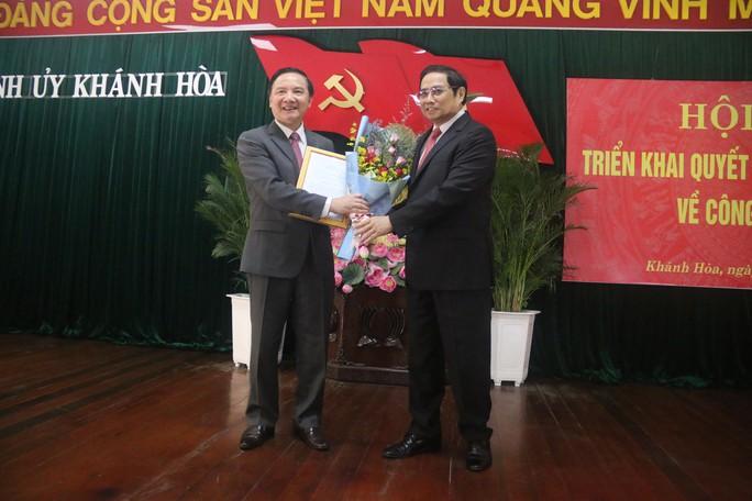 Công bố ông Nguyễn Khắc Định là tân Bí thư Tỉnh ủy Khánh Hòa - Ảnh 2.