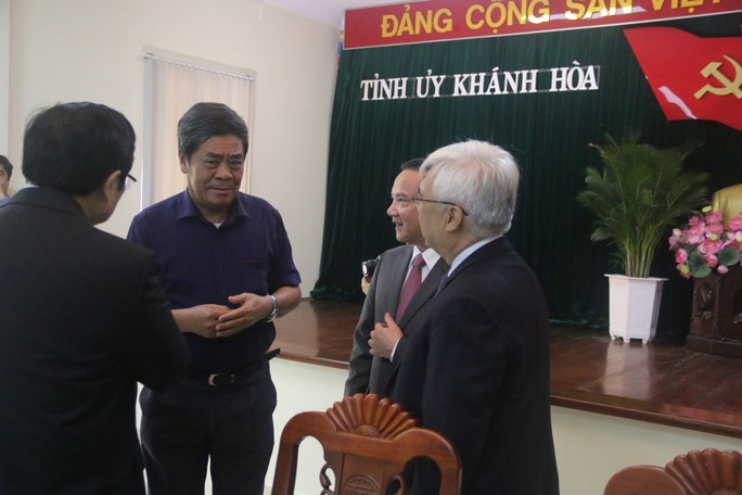 Công bố ông Nguyễn Khắc Định là tân Bí thư Tỉnh ủy Khánh Hòa - Ảnh 3.