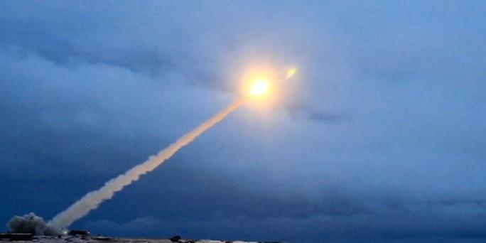 """Tên lửa hạt nhân """"bất khả chiến bại"""" của Nga gây nguy hiểm trong nhiều tháng - Ảnh 1."""