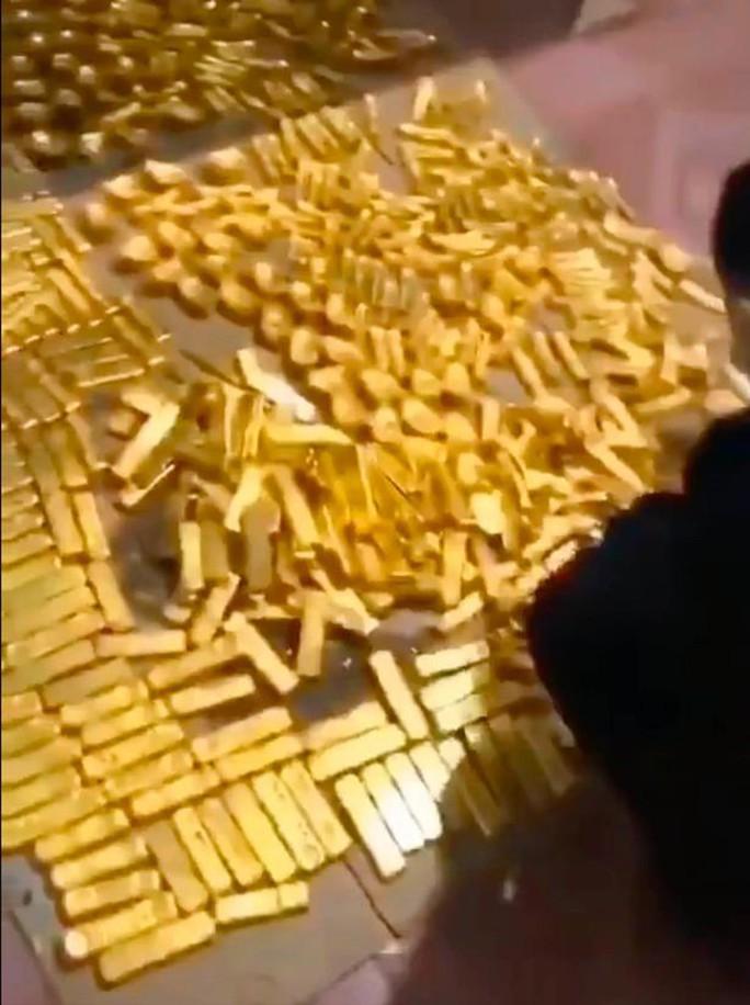 Tìm thấy 13,5 tấn vàng trong nhà cựu thị trưởng Trung Quốc - Ảnh 3.