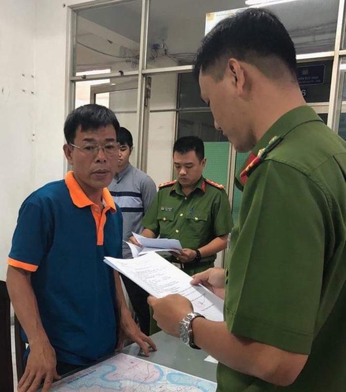 Đại diện Văn phòng Thừa phát lại quận 1 khẳng định không liên quan đến nhóm người bắt 3 cháu nhỏ - Ảnh 1.