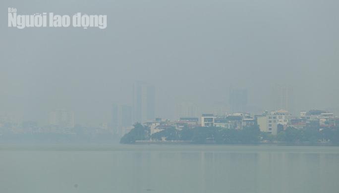 Hình ảnh không khí đặc quánh, mờ mịt ở Hà Nội - Ảnh 5.