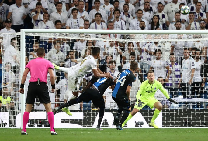 Hàng thủ thảm họa, Real Madrid trả giá ở Champions League - Ảnh 5.