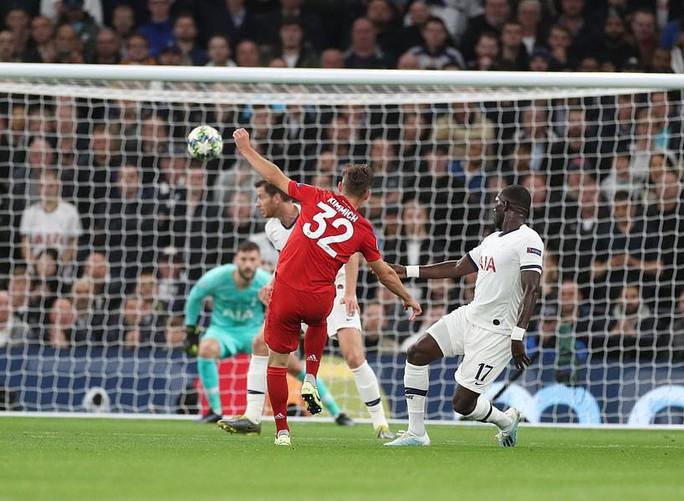 Bayern Munich thắng hủy diệt 7-2, Tottenham sắp mất ngôi á quân - Ảnh 2.