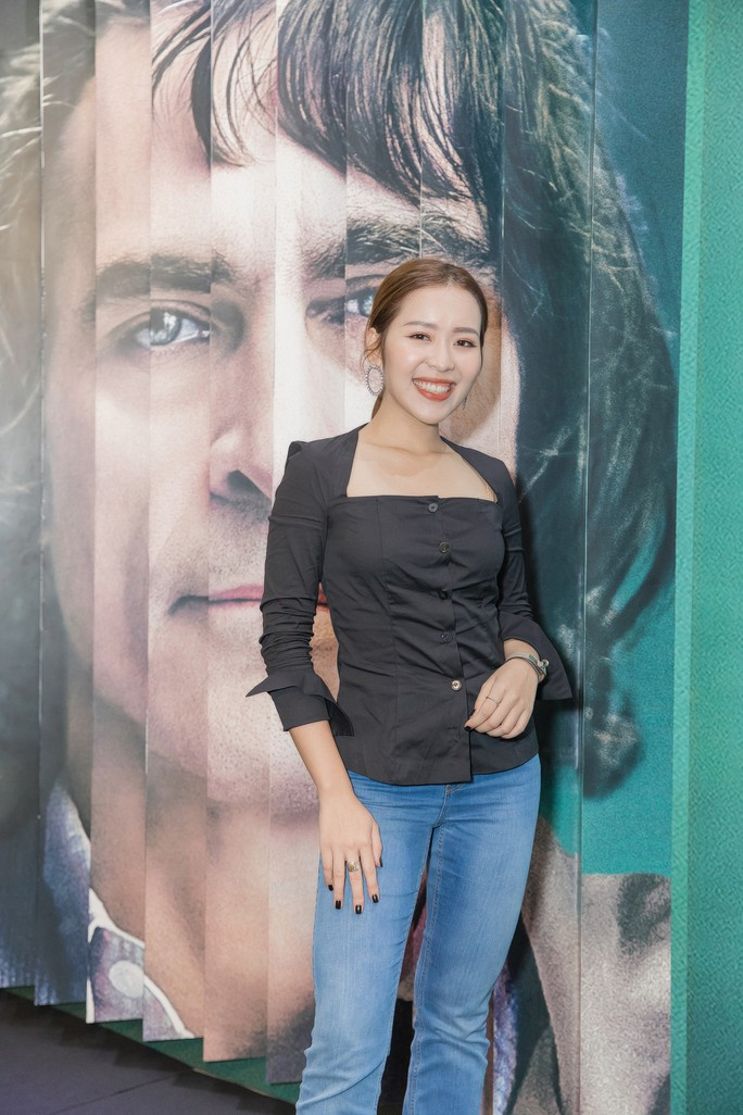 Nghệ sĩ trẻ tề tựu thưởng thức phim đoạt giải Sư tử vàng- JOKER - Ảnh 3.