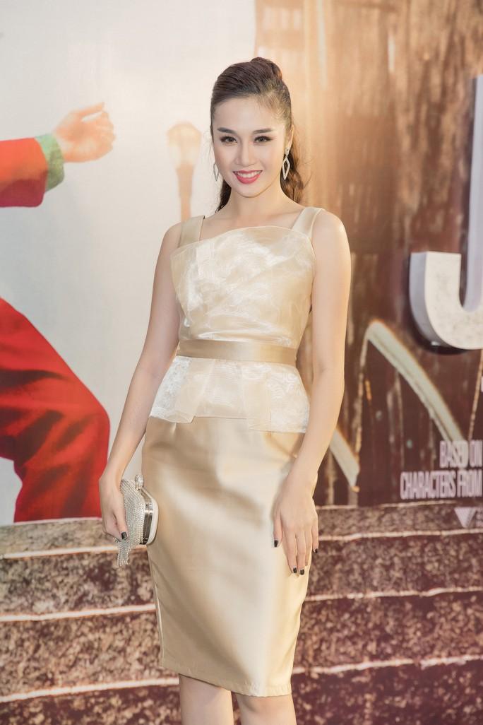 Nghệ sĩ trẻ tề tựu thưởng thức phim đoạt giải Sư tử vàng- JOKER - Ảnh 6.