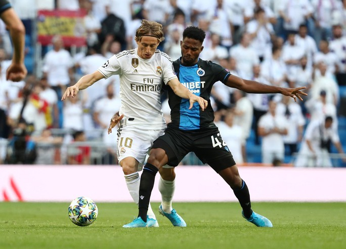 Hàng thủ thảm họa, Real Madrid trả giá ở Champions League - Ảnh 1.