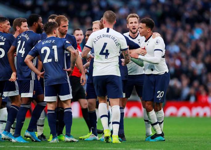 Tottenham: Thăng hoa và sụp đổ cùng VAR - Ảnh 1.
