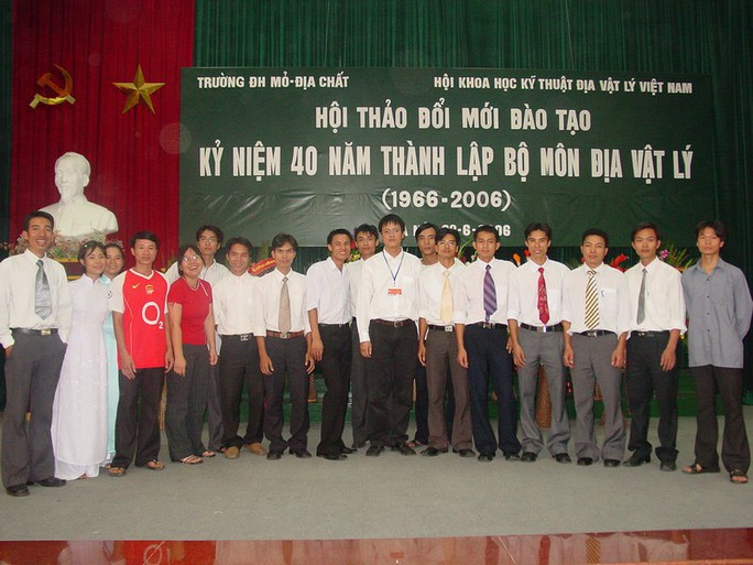 Tổ chức lễ tưởng nhớ, công bố những bức ảnh xúc động của Thứ trưởng Lê Hải An - Ảnh 6.