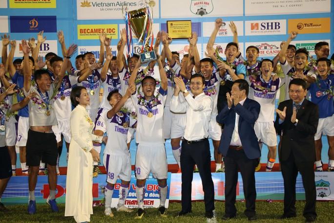 Thắng kịch tính Phố Hiến, Hà Nội bảo vệ thành công ngôi vương Giải U21 quốc gia - Ảnh 2.