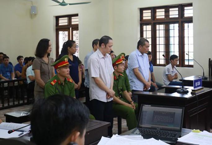 Vụ án gian lận điểm thi ở Hà Giang, Sơn La: Cần làm rõ trách nhiệm liên đới - Ảnh 1.