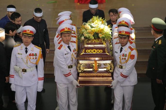 Hàng ngàn người tiễn biệt cố Thứ trưởng Lê Hải An - Ảnh 39.