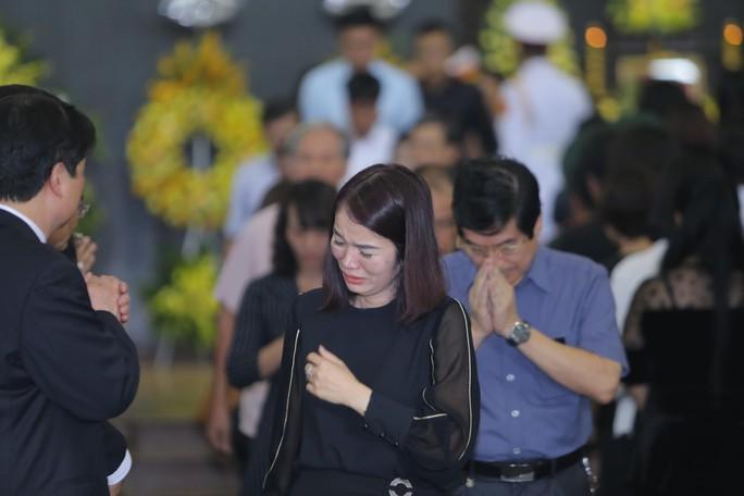 Hàng ngàn người tiễn biệt cố Thứ trưởng Lê Hải An - Ảnh 30.