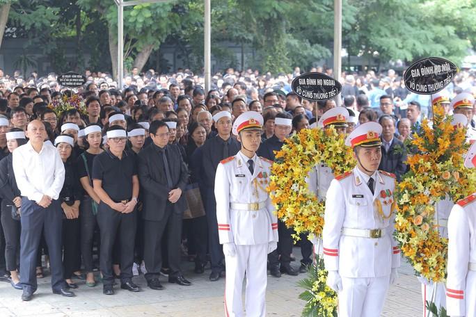Hàng ngàn người tiễn biệt cố Thứ trưởng Lê Hải An - Ảnh 5.