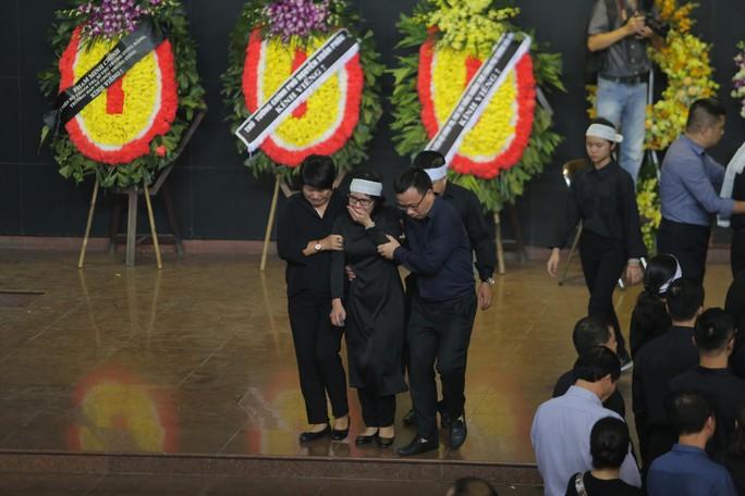 Hàng ngàn người tiễn biệt cố Thứ trưởng Lê Hải An - Ảnh 35.