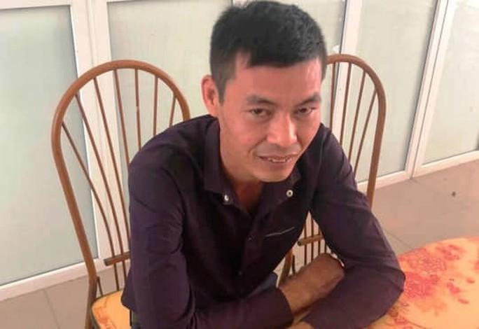 Sếp Công ty gốm sứ Thanh Hà nói gì về thông tin con gái là người thuê đổ dầu thải xuống sông Đà? - Ảnh 2.