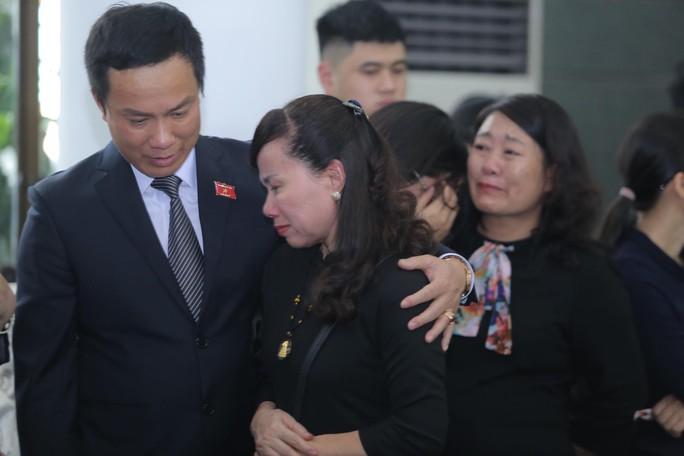 Hàng ngàn người tiễn biệt cố Thứ trưởng Lê Hải An - Ảnh 32.