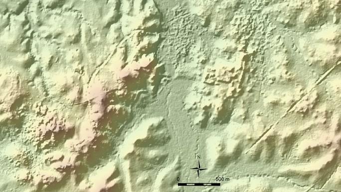 Soi bản đồ trên mạng, phát hiện 27 đền đài bí ẩn ngàn năm tuổi - Ảnh 1.