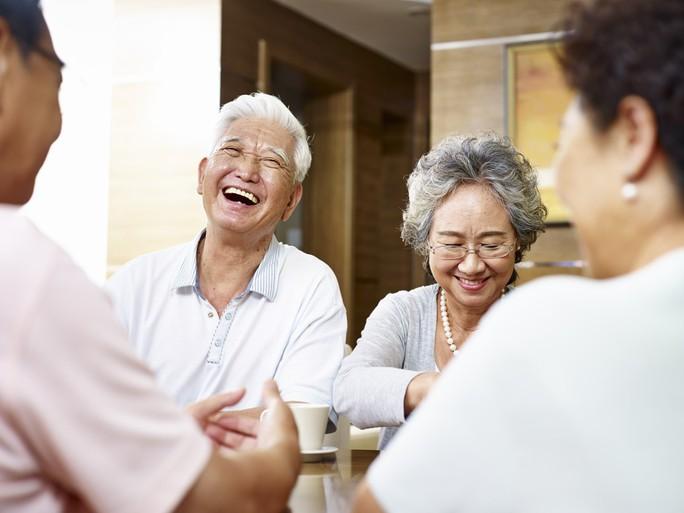 Bí quyết giúp cha mẹ sống vui, sống khỏe - Ảnh 1.