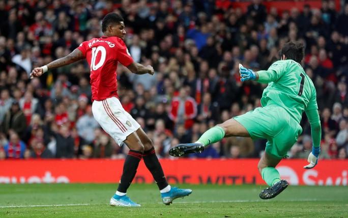 Nghẹt thở đại chiến, Liverpool suýt thua Man United tại Old Trafford - Ảnh 4.