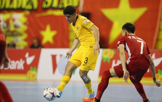 Việt Nam thắng kịch tính Úc ngày ra quân Giải Futsal Đông Nam Á - Ảnh 1.