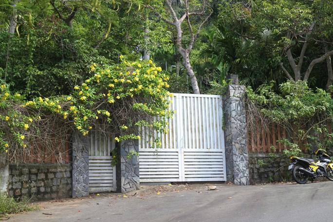 Cận cảnh hàng loạt dự án đang băm nát Bán đảo Sơn Trà - Ảnh 12.