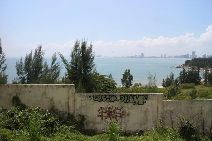 Cận cảnh hàng loạt dự án đang băm nát Bán đảo Sơn Trà - Ảnh 5.