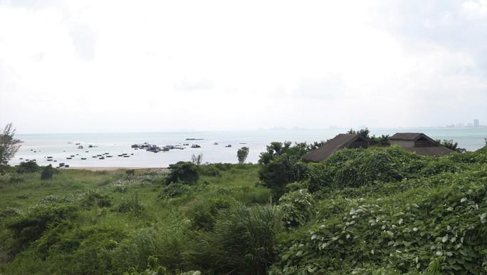 Cận cảnh hàng loạt dự án đang băm nát Bán đảo Sơn Trà - Ảnh 7.