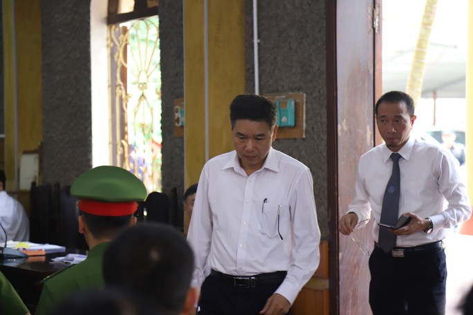 Vụ gian lận điểm thi ở Sơn La: Khởi tố vụ án đưa và nhận hối lộ - Ảnh 1.