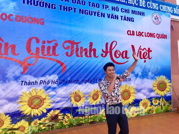 NSƯT Phương Hồng Thủy, nghệ sĩ Võ Minh Lâm gìn giữ tinh hoa Việt - Ảnh 2.