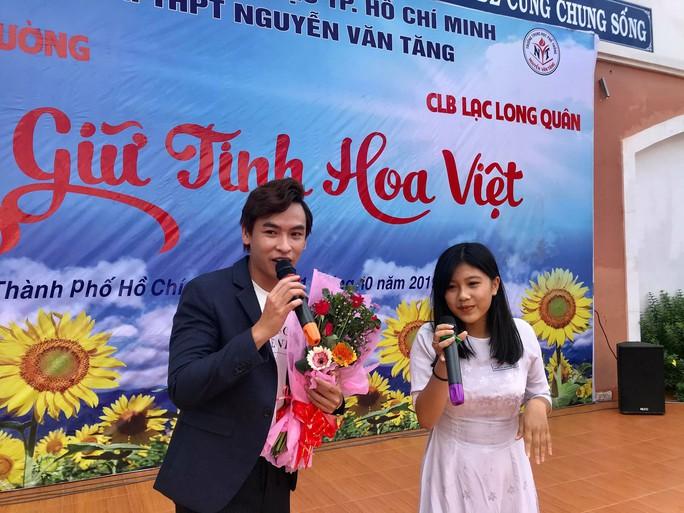 NSƯT Phương Hồng Thủy, nghệ sĩ Võ Minh Lâm gìn giữ tinh hoa Việt - Ảnh 13.