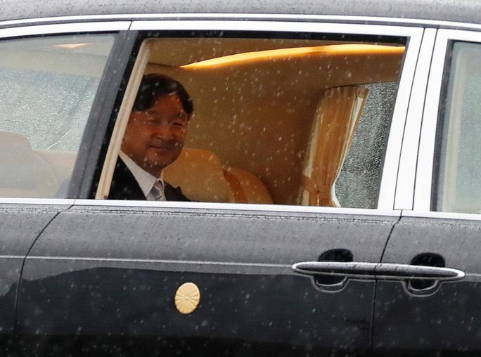 Nhật hoàng Naruhito chính thức lên ngôi - Ảnh 5.