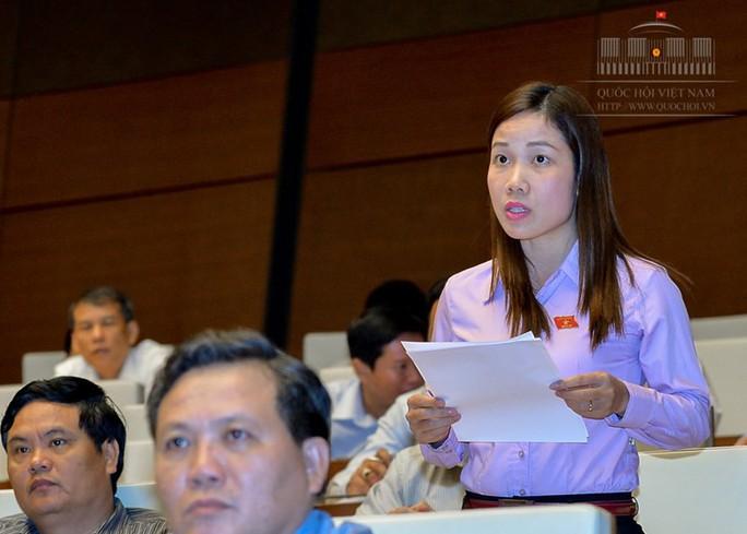 Đại biểu QH Nguyễn Thị Quyết Tâm rơi nước mắt trên nghị trường khi nói về công nhân - Ảnh 3.