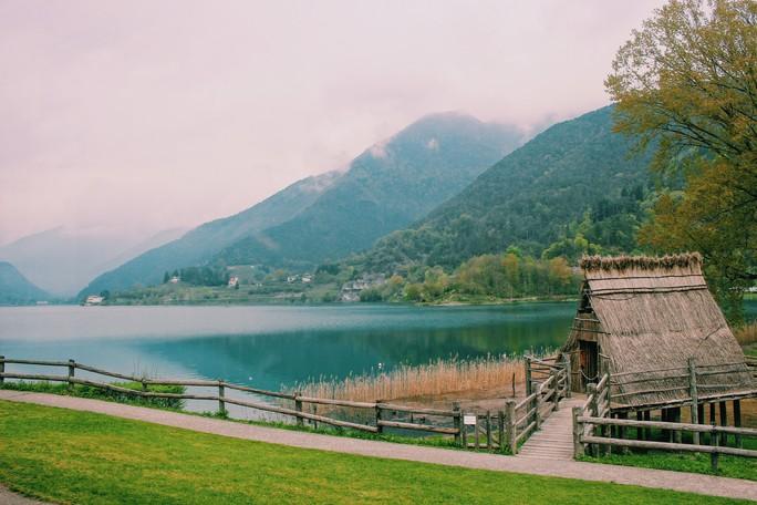 Hồ vùng Bắc Ý và những cái nhất - Ảnh 6.