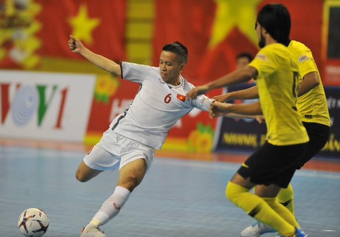 Tuyển Việt Nam chạm trán Thái Lan ở bán kết Giải Futsal Đông Nam Á - Ảnh 6.