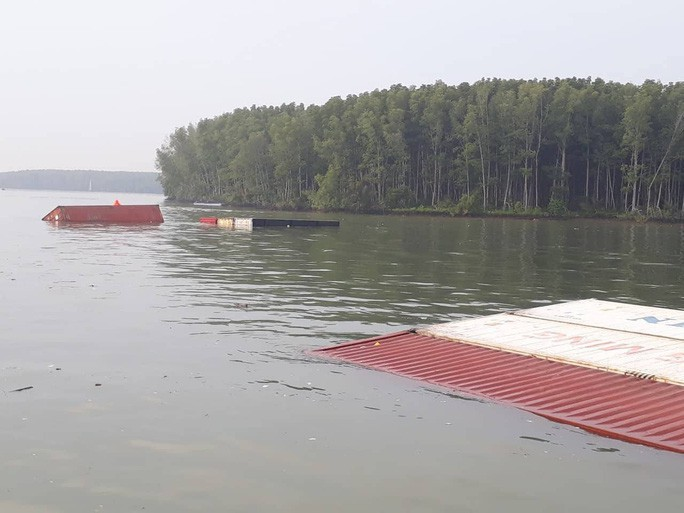 Diễn biến mới nhất vụ chìm tàu chở container ở Cần Giờ - Ảnh 1.